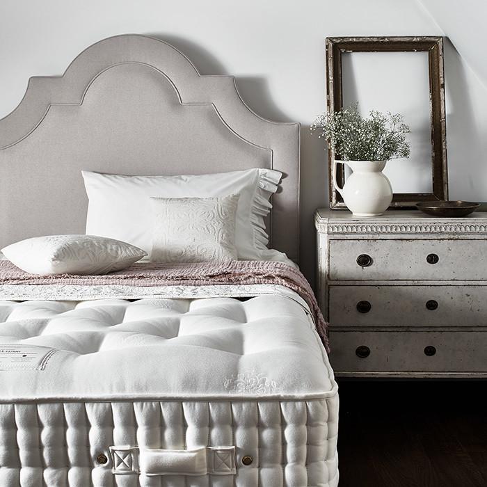 Register Bed